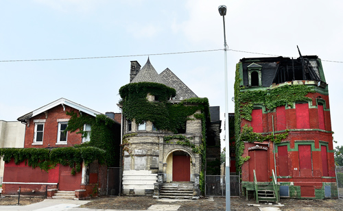 Abandoned Detroit houses