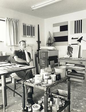 Walters in his studio,1978. Photo/Marti Friedlander Archive.