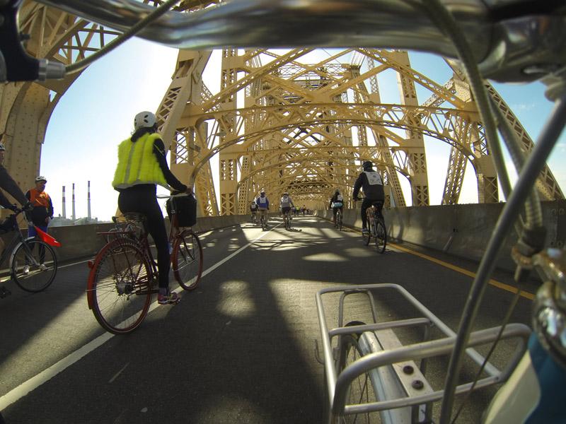 Bikes on the Queensboro Bridge, Brooklyn. Photo by Gemma Gracewood.