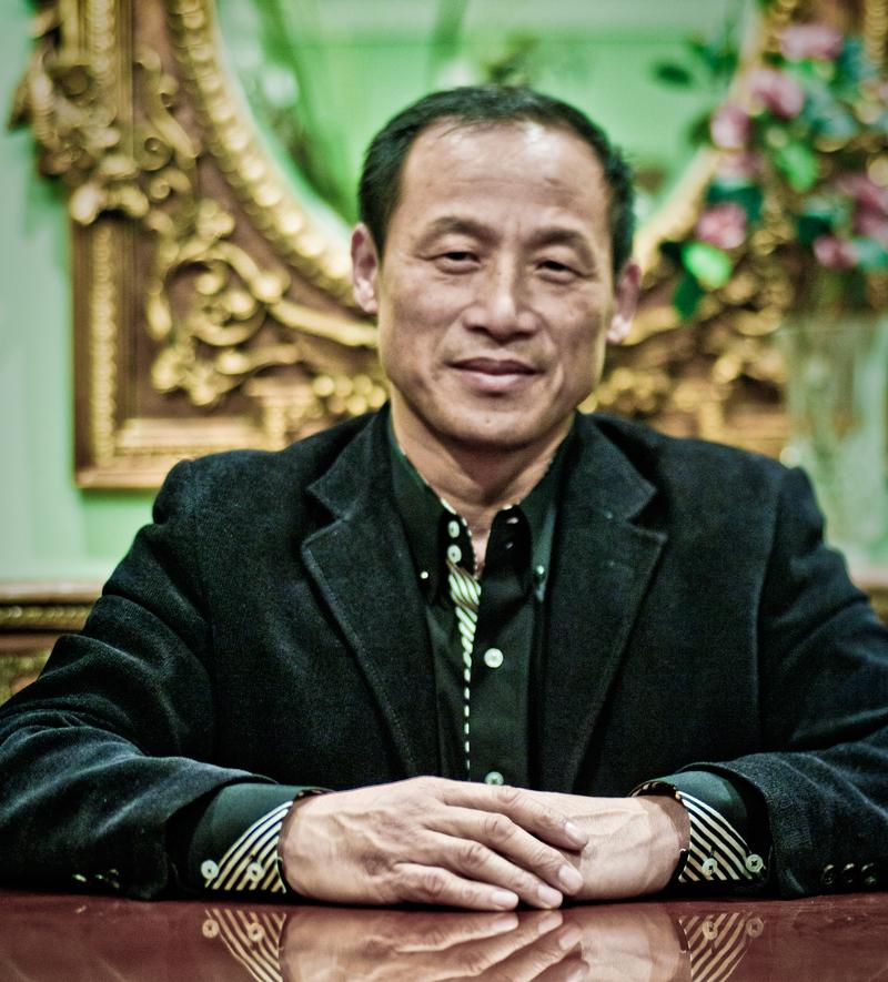 """Cheng Qi """"Chris"""" Wang"""