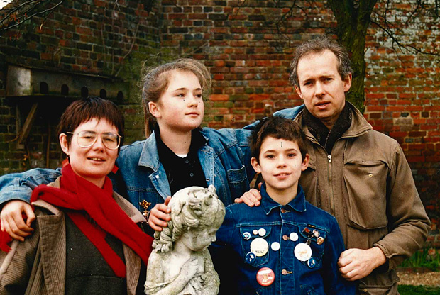 Bill Manhire with wife Marion McLeod, daughter Vanessa, aged 13, and Toby, 11, in 1987 at Henry James' house in Rye, after the family moved to England.