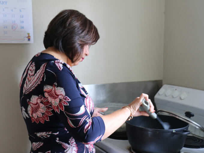 Ladies, bring a plate: A new project connecting women across Auckland