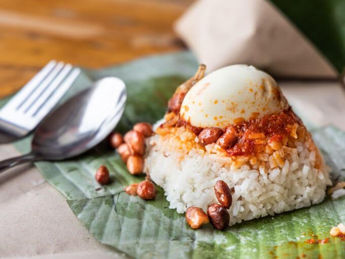 Introducing Metro's inaugural Star of the Week: Nasi lemak bungkus at Sim's Kitchen
