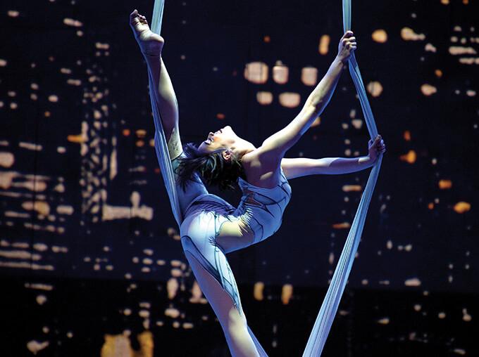 Auckland Arts Festival: Cirque Eloize: iD – review